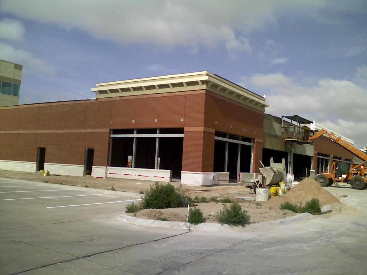 Southwest Health Center Retail Building, Lubbock, TX